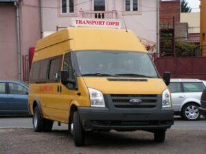 microbuz-scolar